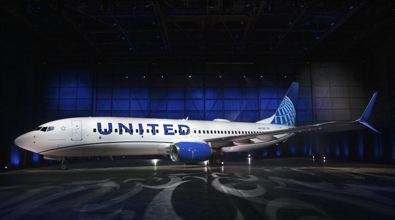 United Airlines to require U.S. employees to be vaccinated